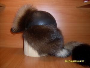 Меховые шапки из: песца, лисы, норки, чернобурки, бобра, енота, волка...