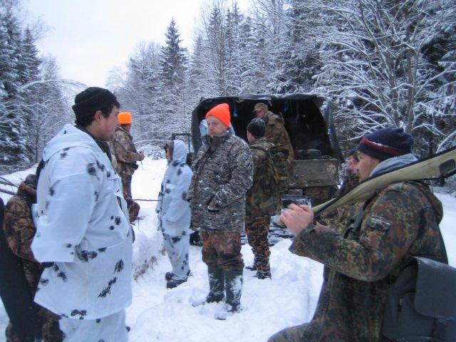 Выезд команды форума МООиР в Кубинку 6.01.2013 на лося.