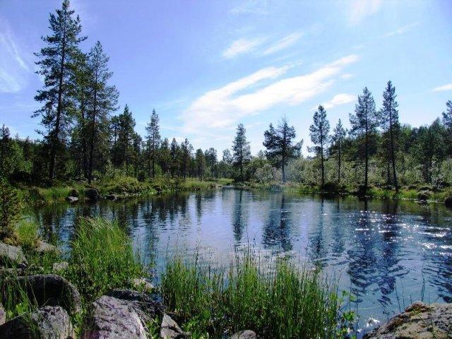 Озеро в Швеции