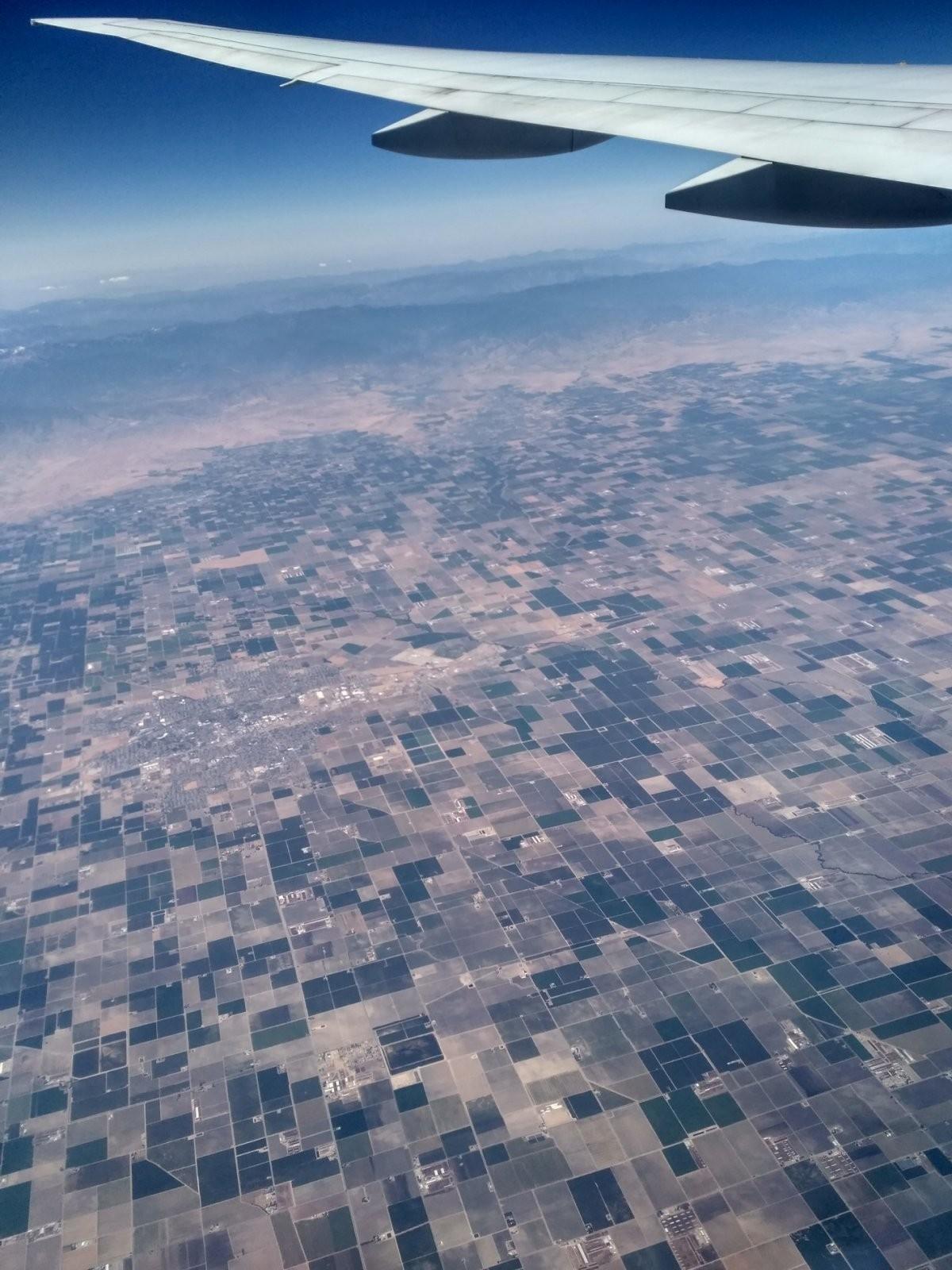 США с высоты птичьего полета.jpg