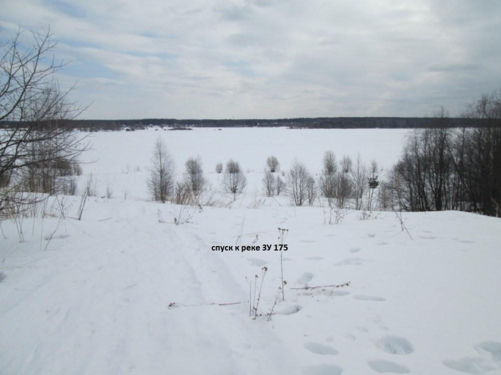 спуск к реке Волга с ЗУ 175 3.jpg