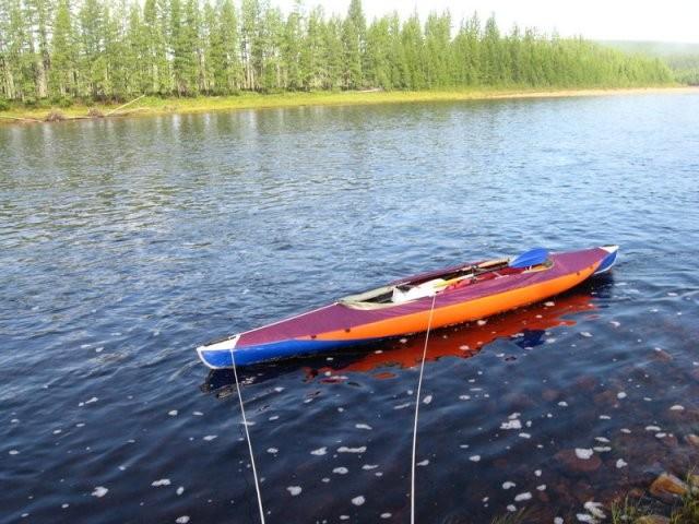 """Так """"корабликом"""" ведут лодки вверх против течения"""