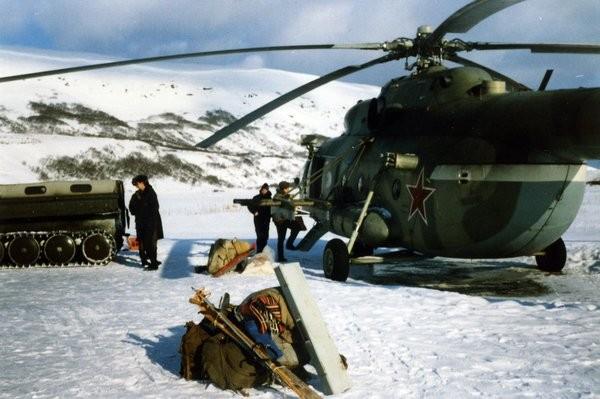 Вертолет на Онекотан