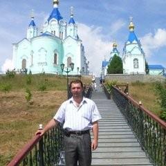 Александр Стецурин