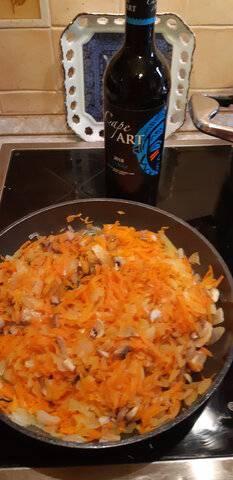 Пастуший пирог с фаршем из лосятины и гречкой с  овощами,тушеными в краснов вине (1).jpg